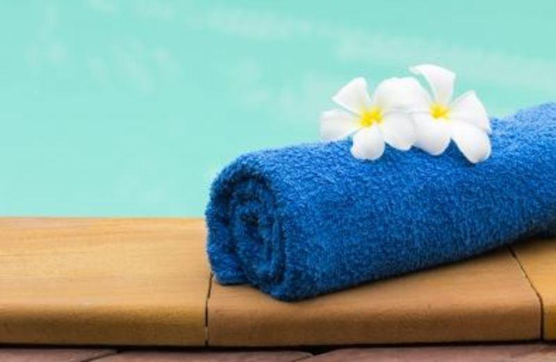 buy pool towels in bulk